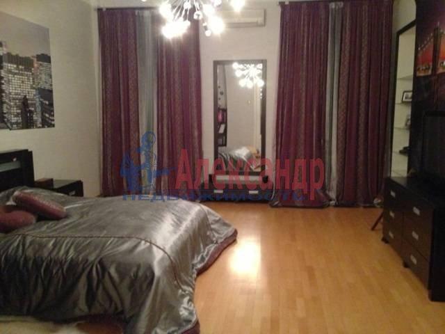 3-комнатная квартира (145м2) в аренду по адресу Каменноостровский пр., 73-75— фото 1 из 11