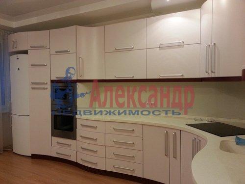 2-комнатная квартира (75м2) в аренду по адресу Резная ул., 6— фото 1 из 9