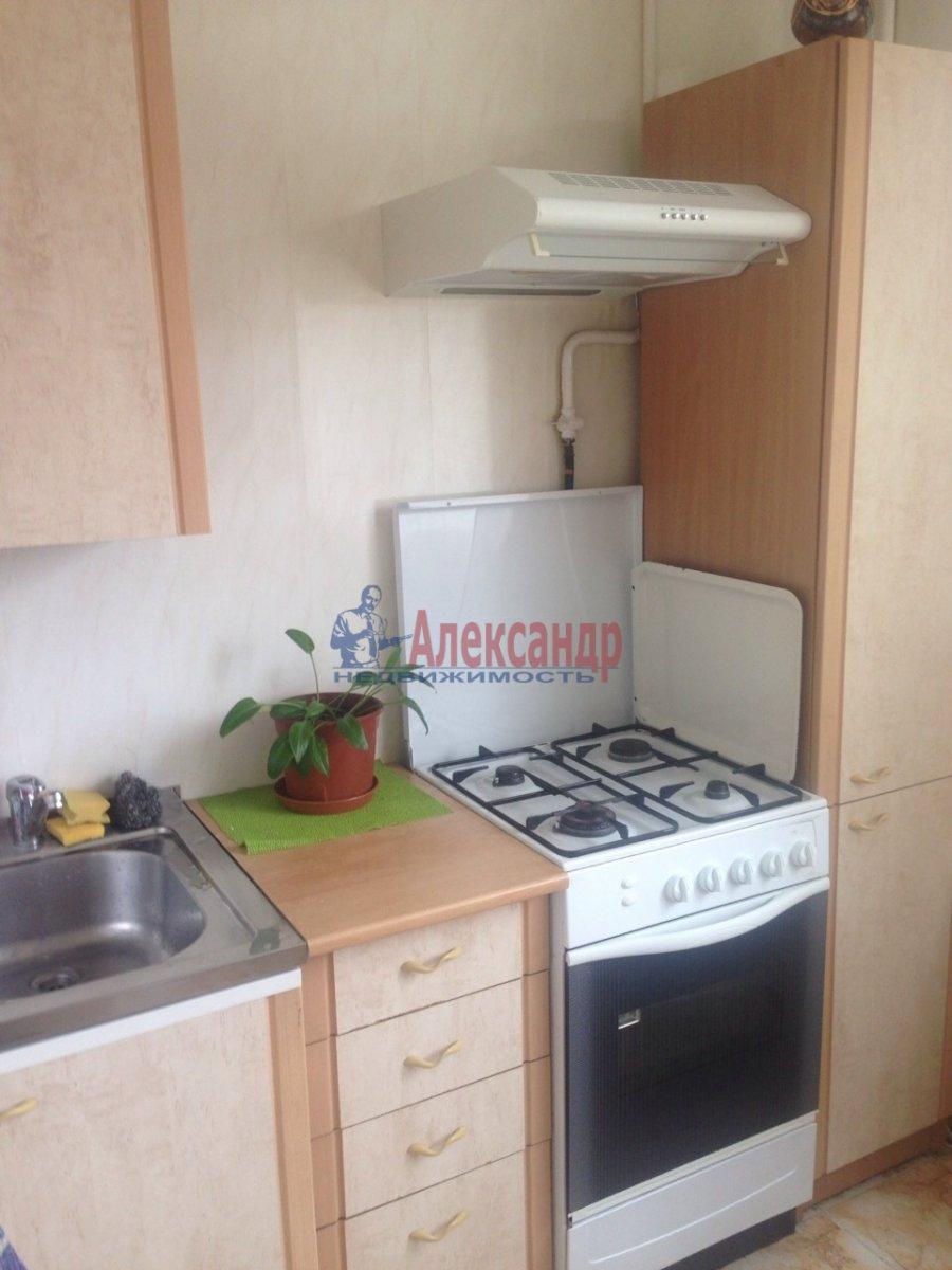 2-комнатная квартира (45м2) в аренду по адресу Маршала Жукова пр., 30— фото 2 из 7
