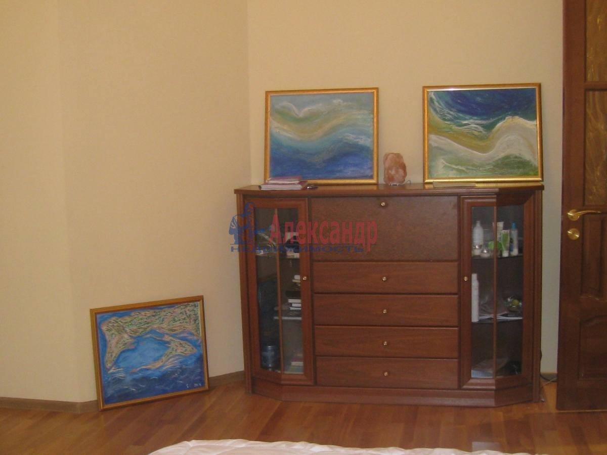 2-комнатная квартира (80м2) в аренду по адресу 5 Советская ул., 4— фото 9 из 16