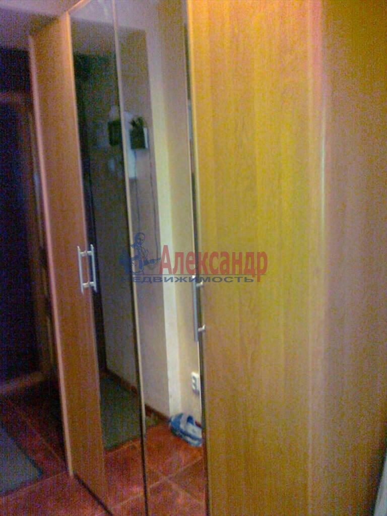 3-комнатная квартира (65м2) в аренду по адресу Дальневосточный пр., 38— фото 4 из 7