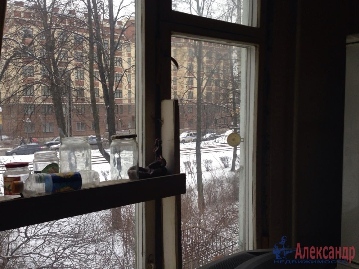 1-комнатная квартира (30м2) в аренду по адресу Грибакиных ул., 2— фото 8 из 10