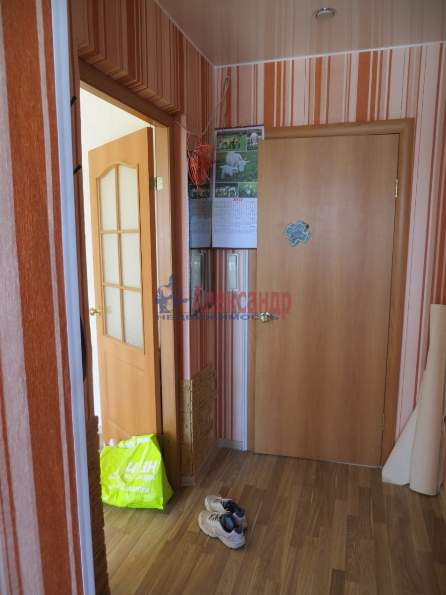 1-комнатная квартира (40м2) в аренду по адресу Московский просп., 220— фото 6 из 9