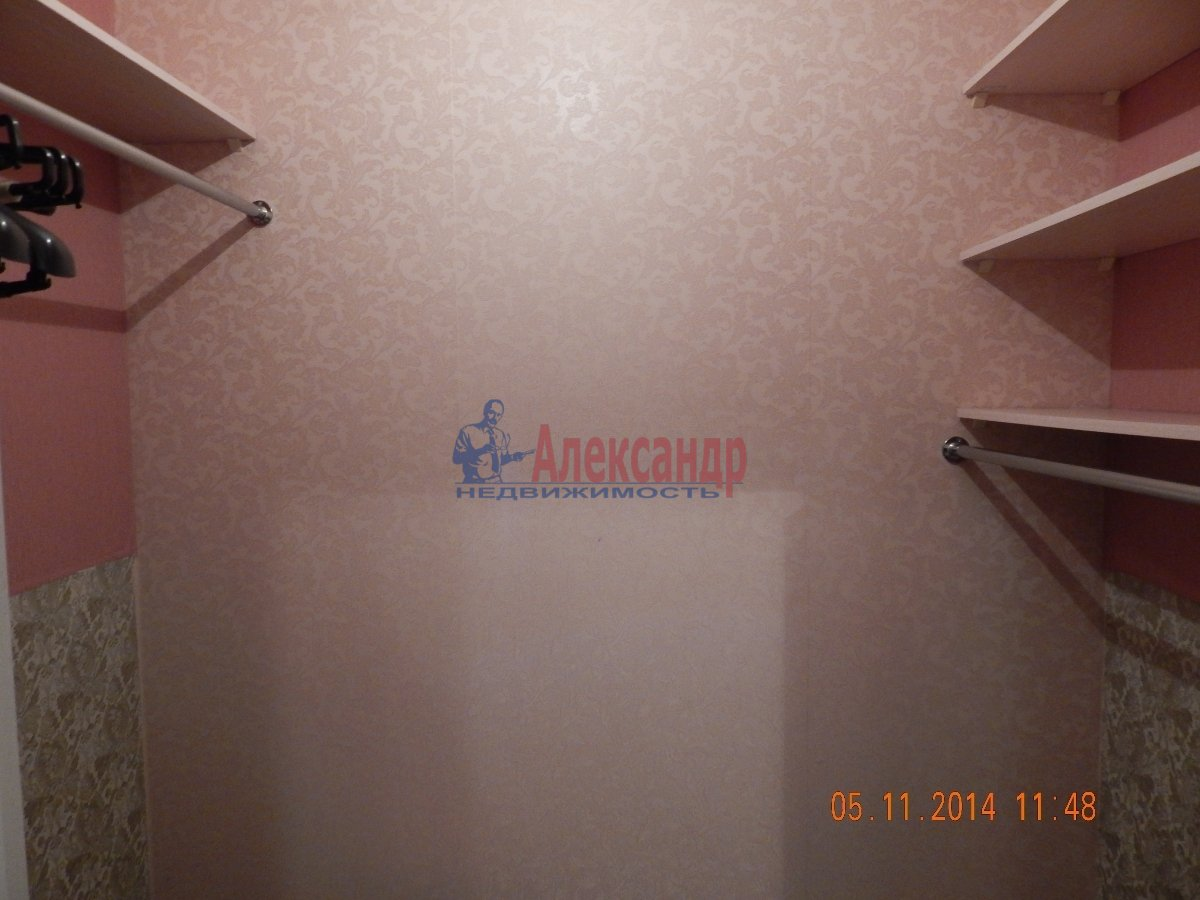 1-комнатная квартира (43м2) в аренду по адресу Мурино пос., Привокзальная пл., 3— фото 9 из 9