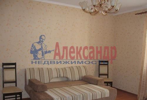 1-комнатная квартира (43м2) в аренду по адресу Ильюшина ул., 11— фото 5 из 5