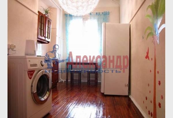 1-комнатная квартира (40м2) в аренду по адресу Реки Мойки наб., 8— фото 2 из 7