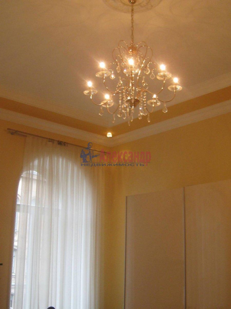 2-комнатная квартира (80м2) в аренду по адресу 5 Советская ул., 4— фото 10 из 16