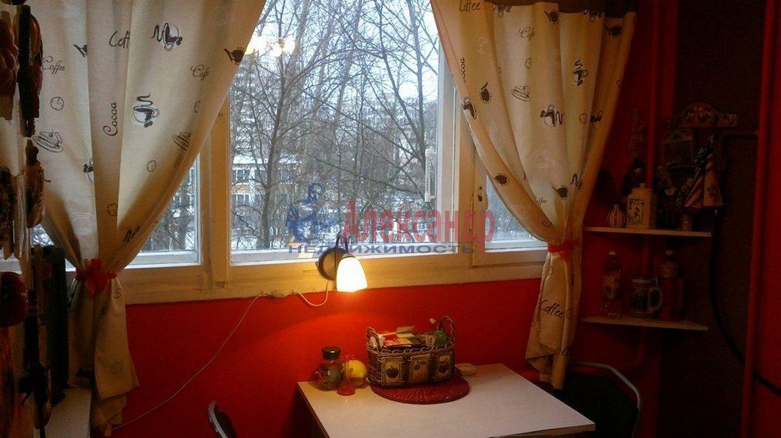 2-комнатная квартира (45м2) в аренду по адресу Черкасова ул., 6— фото 1 из 4