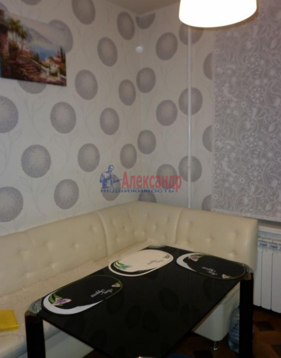 1-комнатная квартира (43м2) в аренду по адресу Ленинский пр., 109— фото 4 из 11