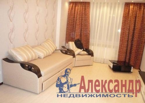2-комнатная квартира (68м2) в аренду по адресу Дрезденская ул., 11— фото 7 из 11