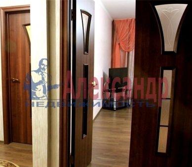 Комната в 2-комнатной квартире (64м2) в аренду по адресу Московский просп., 163— фото 2 из 2