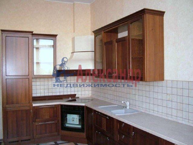 2-комнатная квартира (63м2) в аренду по адресу Варшавская ул., 19— фото 1 из 3