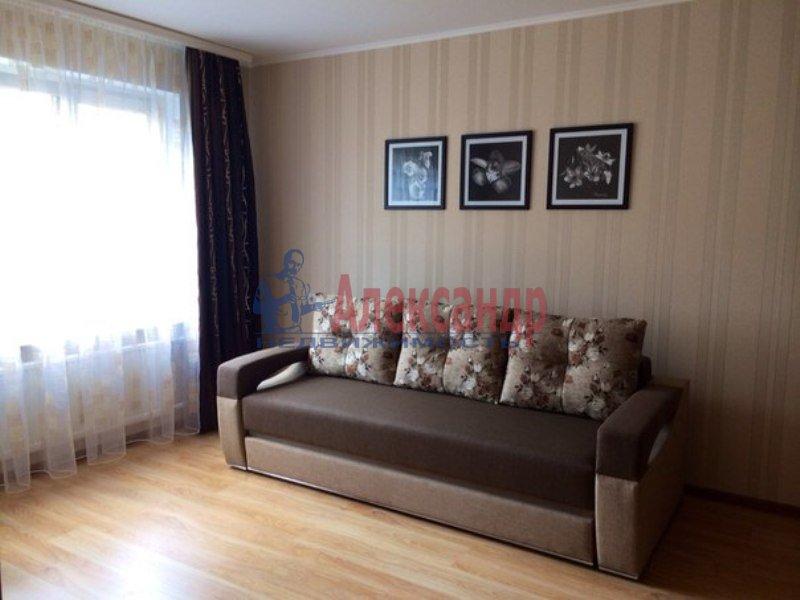 2-комнатная квартира (69м2) в аренду по адресу Есенина ул., 1— фото 11 из 11
