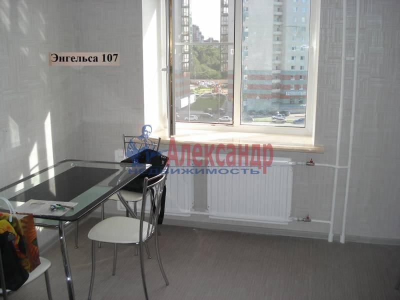 1-комнатная квартира (40м2) в аренду по адресу Энгельса пр., 107— фото 4 из 7