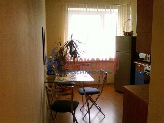 1-комнатная квартира (35м2) в аренду по адресу Ветеранов пр., 3— фото 1 из 1