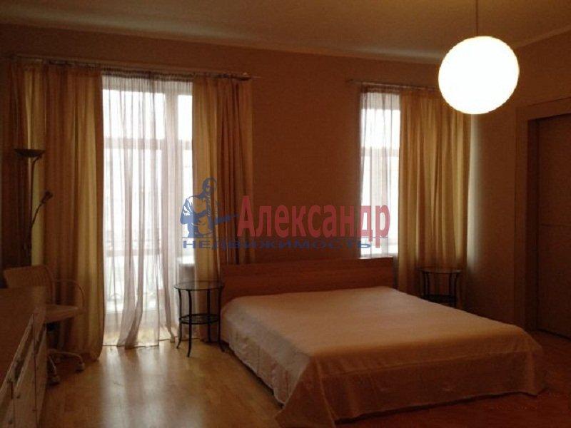 2-комнатная квартира (67м2) в аренду по адресу Куйбышева ул., 9— фото 2 из 6