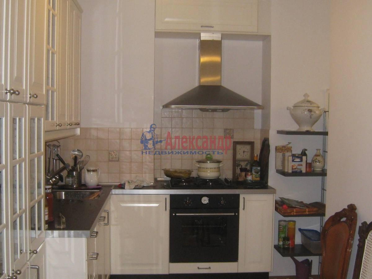 2-комнатная квартира (80м2) в аренду по адресу 5 Советская ул., 4— фото 11 из 16