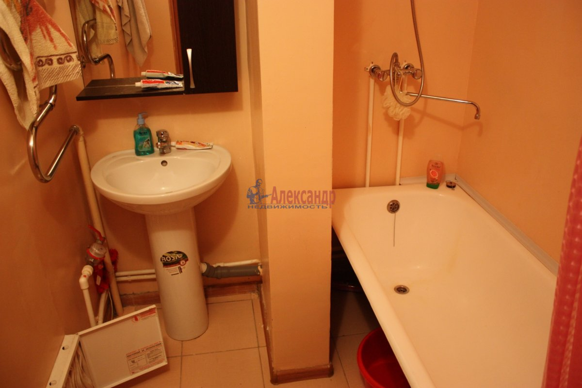 2-комнатная квартира (58м2) в аренду по адресу Богатырский пр., 49— фото 15 из 23