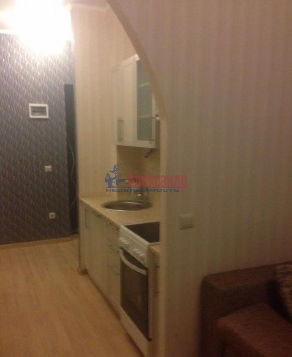 1-комнатная квартира (30м2) в аренду по адресу Адмирала Черокова ул., 22— фото 6 из 9