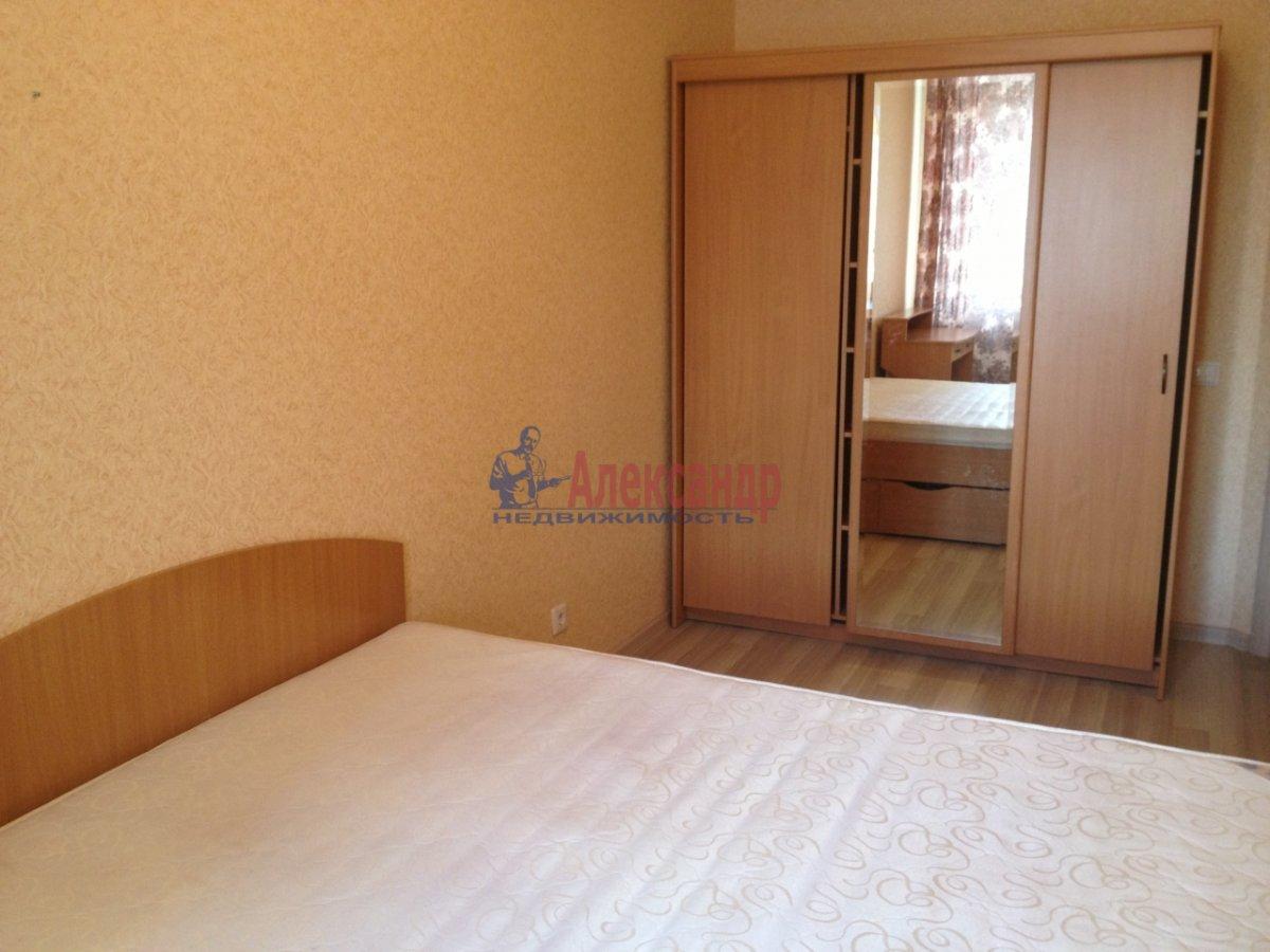 2-комнатная квартира (72м2) в аренду по адресу Просвещения пр., 15— фото 5 из 11