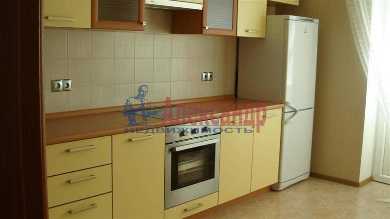 1-комнатная квартира (44м2) в аренду по адресу Обуховской Обороны пр., 110— фото 1 из 9