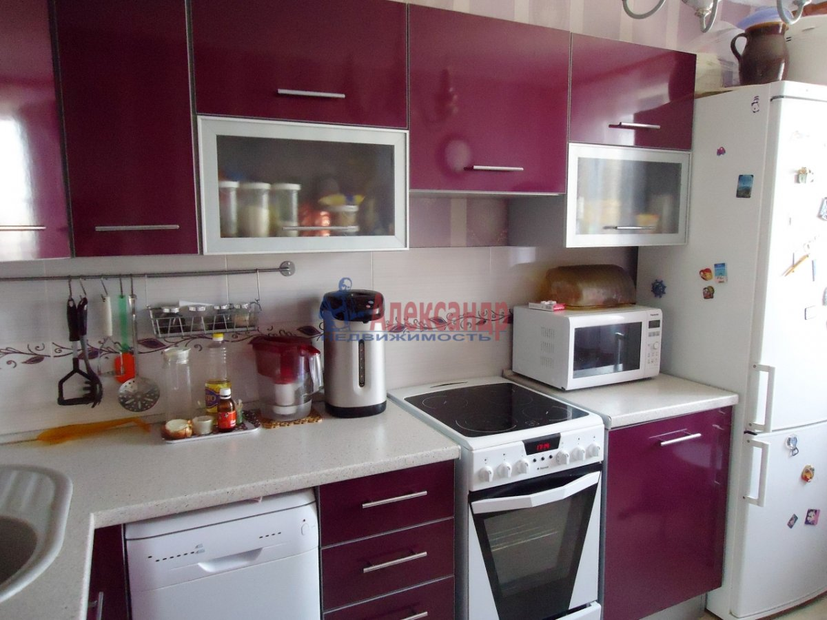 1-комнатная квартира (48м2) в аренду по адресу Пулковское шос., 14— фото 1 из 5