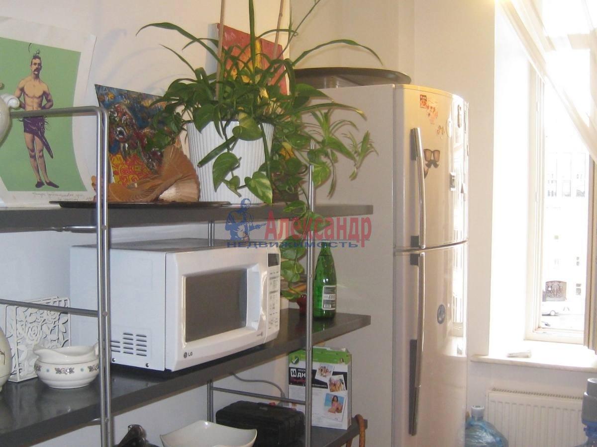 2-комнатная квартира (80м2) в аренду по адресу 5 Советская ул., 4— фото 12 из 16
