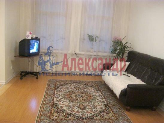 3-комнатная квартира (60м2) в аренду по адресу Большая Зеленина ул., 19— фото 4 из 6