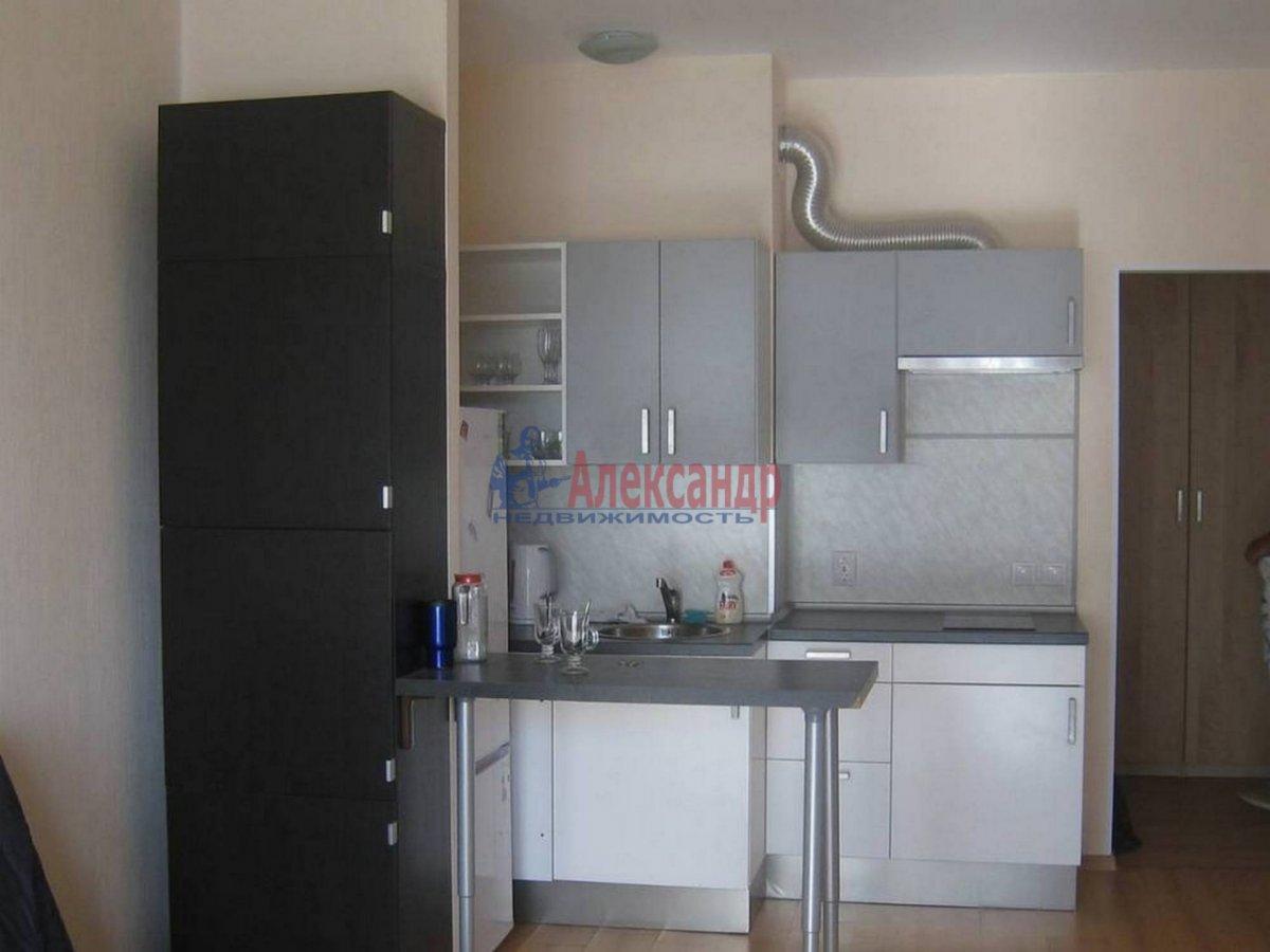 1-комнатная квартира (35м2) в аренду по адресу Композиторов ул., 12— фото 2 из 7