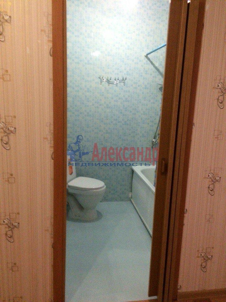 1-комнатная квартира (40м2) в аренду по адресу Русановская ул., 17— фото 5 из 7