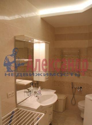 2-комнатная квартира (65м2) в аренду по адресу Обуховской Обороны пр., 110— фото 2 из 7
