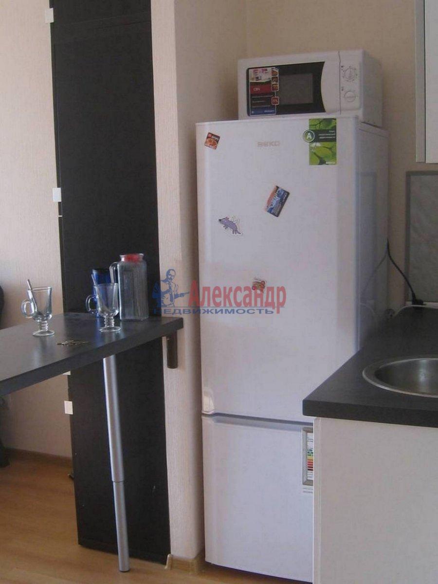 1-комнатная квартира (35м2) в аренду по адресу Композиторов ул., 12— фото 5 из 7