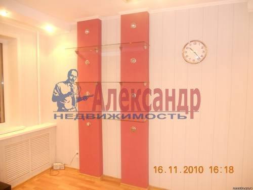 1-комнатная квартира (40м2) в аренду по адресу Шлиссельбургский пр., 24— фото 10 из 12