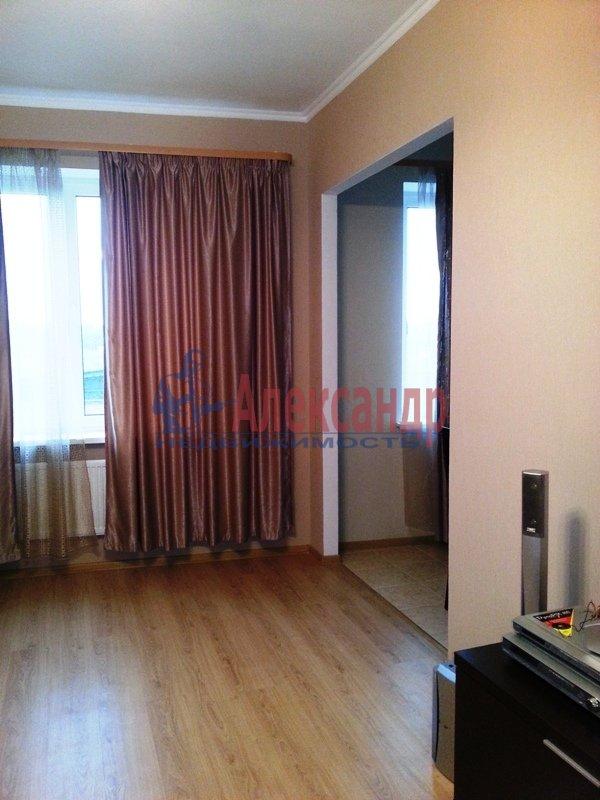 2-комнатная квартира (74м2) в аренду по адресу Тореза пр., 44— фото 6 из 10