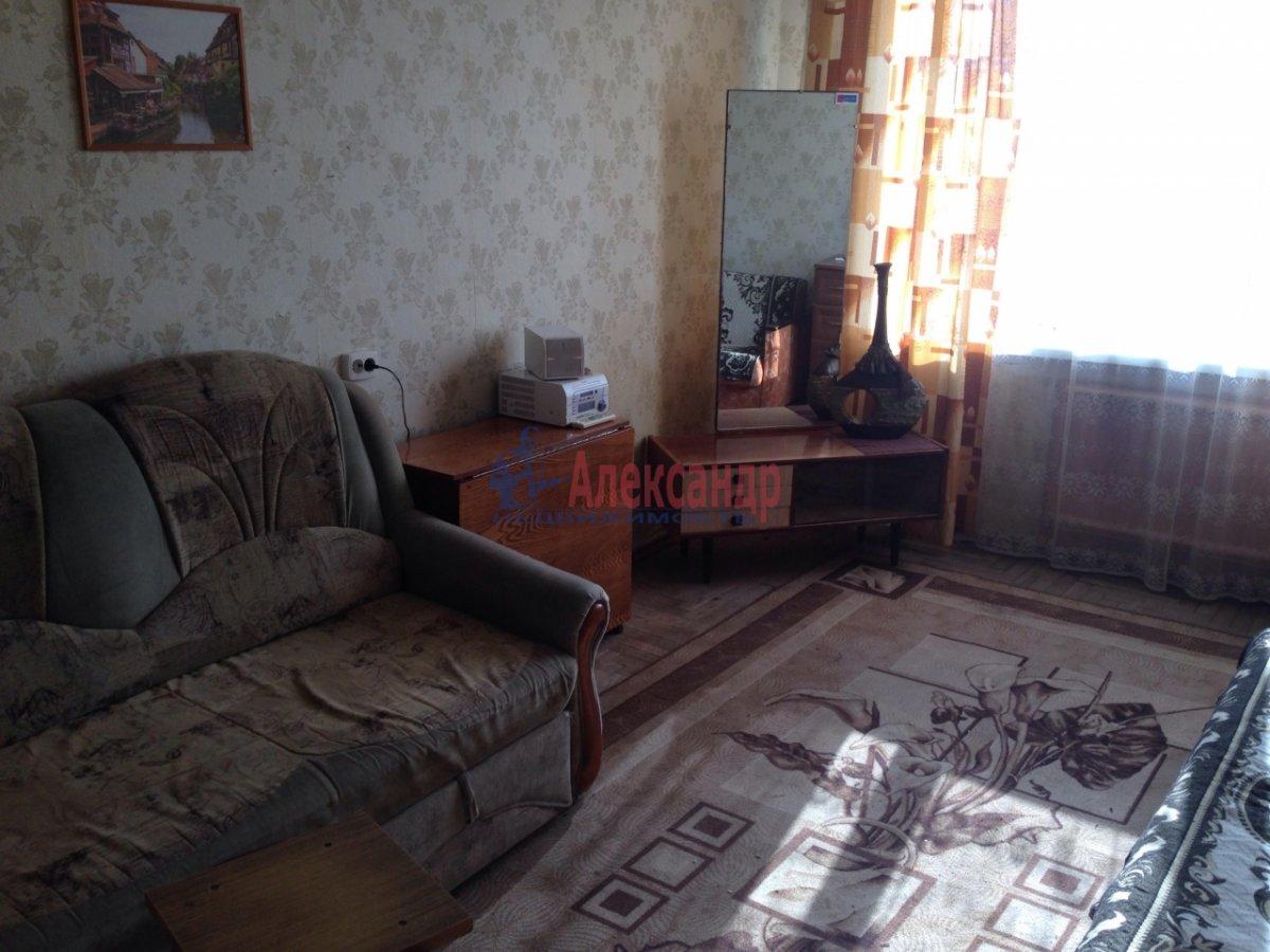 2-комнатная квартира (45м2) в аренду по адресу Северный пр., 65— фото 1 из 7