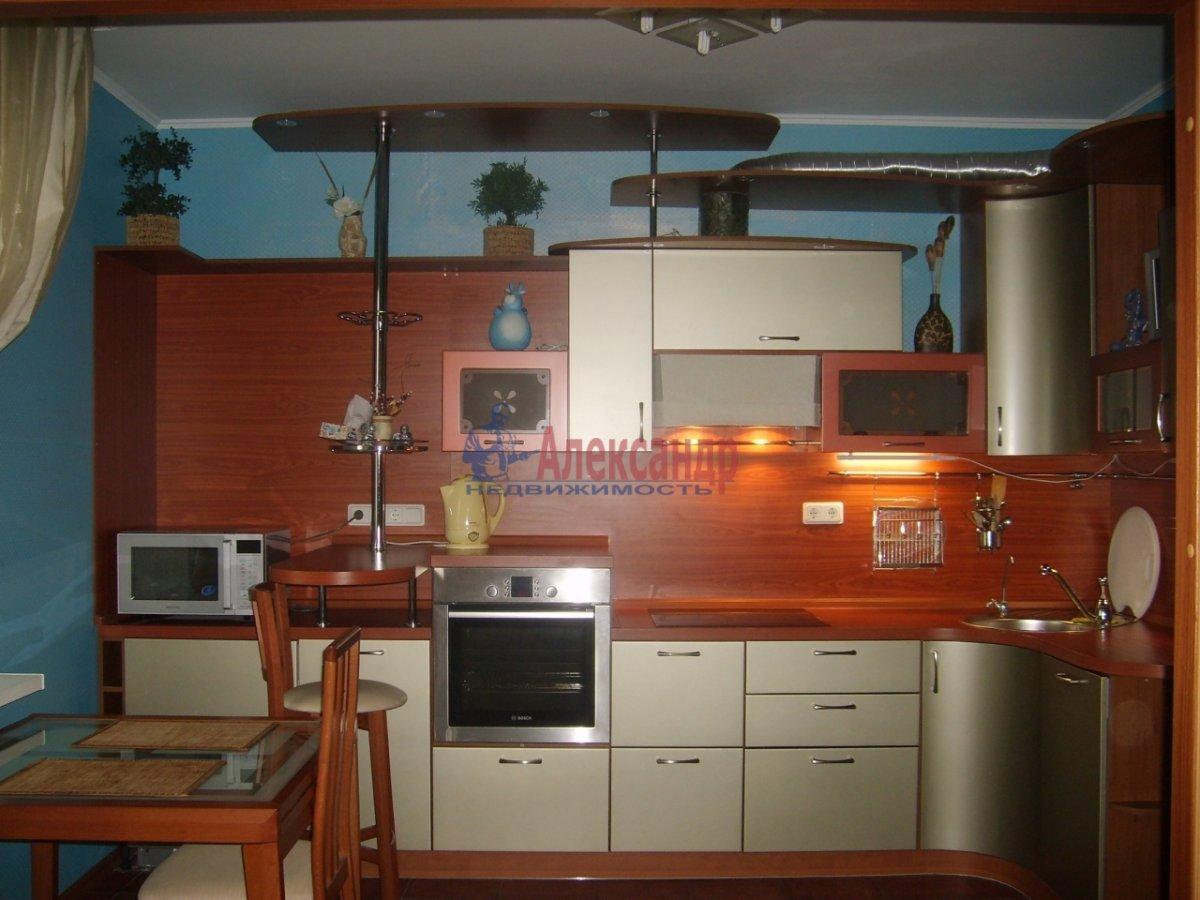 1-комнатная квартира (38м2) в аренду по адресу 13 линия В.О., 54— фото 3 из 8