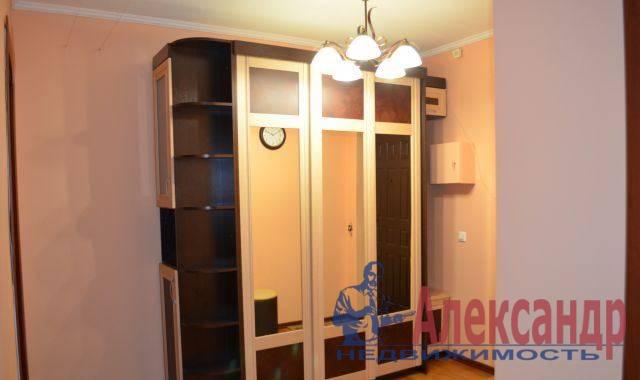2-комнатная квартира (64м2) в аренду по адресу Байконурская ул., 24— фото 4 из 4