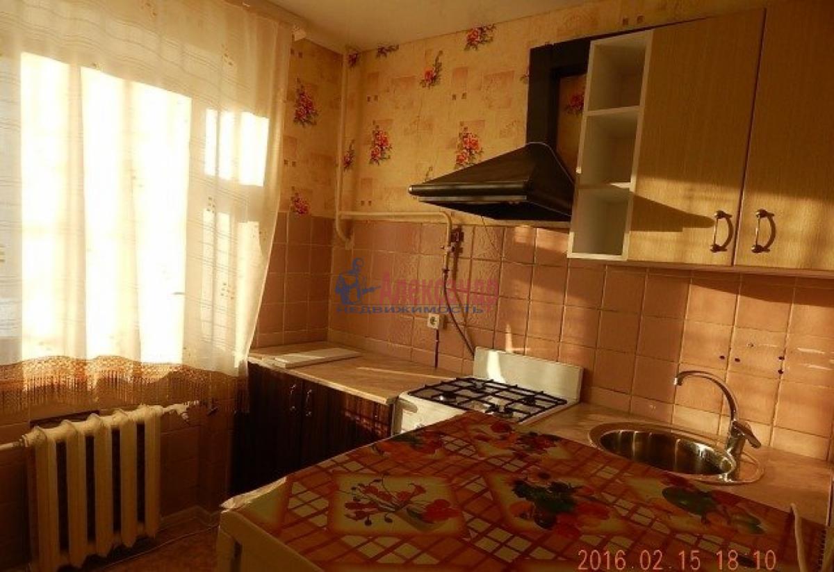 1-комнатная квартира (33м2) в аренду по адресу Белградская ул., 24— фото 3 из 8