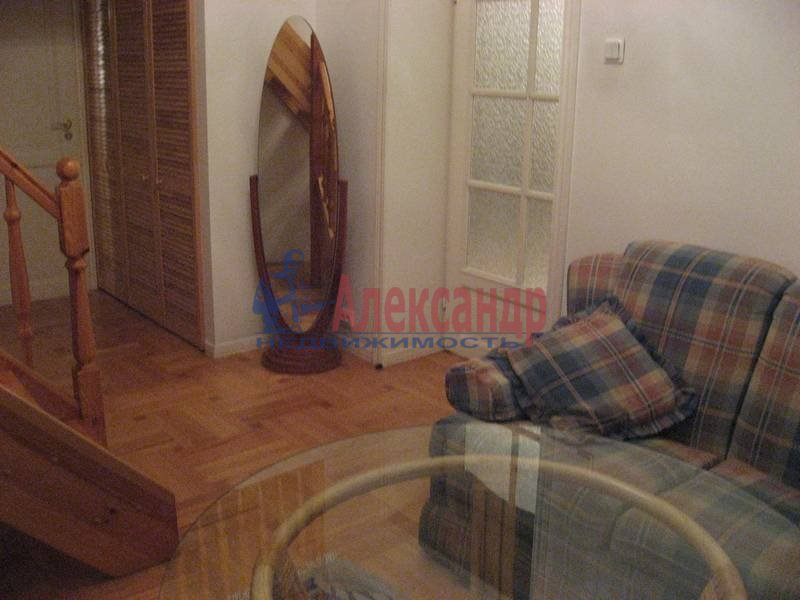 4-комнатная квартира (160м2) в аренду по адресу Рубинштейна ул., 3— фото 18 из 23