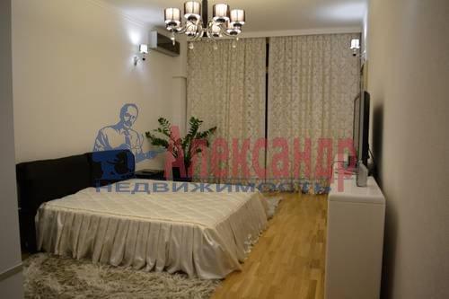 2-комнатная квартира (64м2) в аренду по адресу Кузнецовская ул., 44— фото 6 из 8
