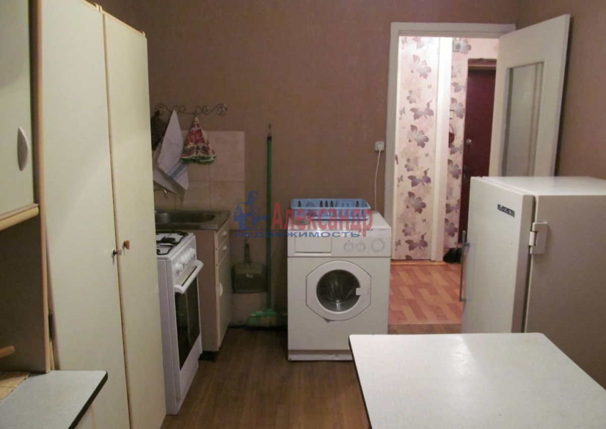 1-комнатная квартира (38м2) в аренду по адресу Стойкости ул., 17— фото 6 из 8