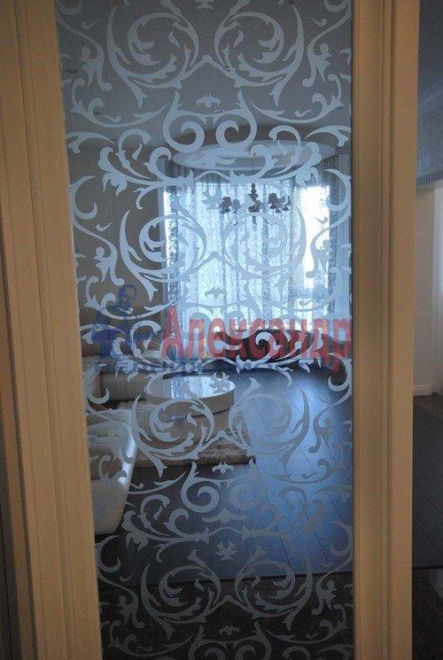 3-комнатная квартира (98м2) в аренду по адресу Воскресенская наб., 4— фото 21 из 23