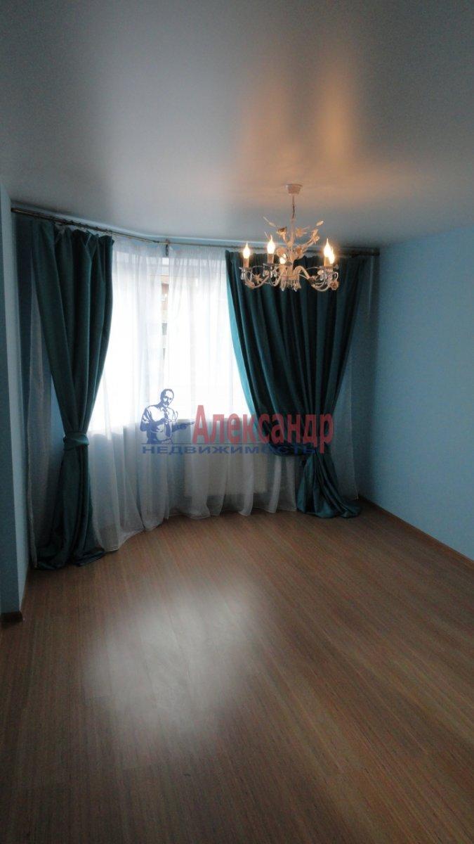 2-комнатная квартира (65м2) в аренду по адресу Богатырский пр., 22— фото 3 из 4