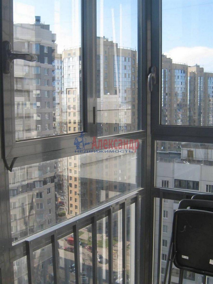 1-комнатная квартира (35м2) в аренду по адресу Композиторов ул., 12— фото 1 из 7