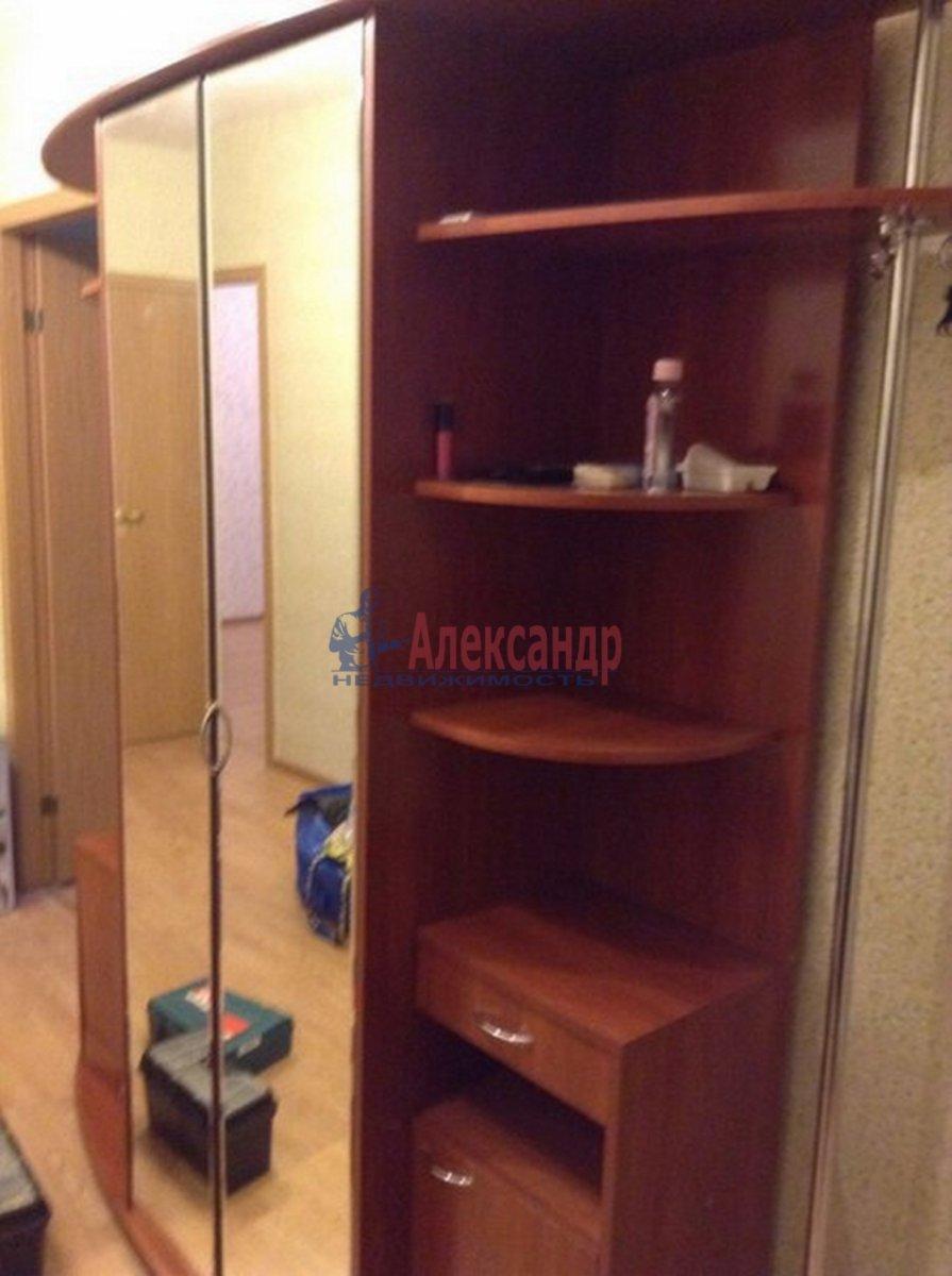 2-комнатная квартира (62м2) в аренду по адресу Михаила Дудина ул.— фото 10 из 10