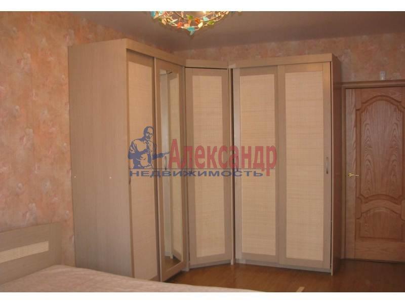1-комнатная квартира (41м2) в аренду по адресу Бутлерова ул., 11— фото 2 из 6