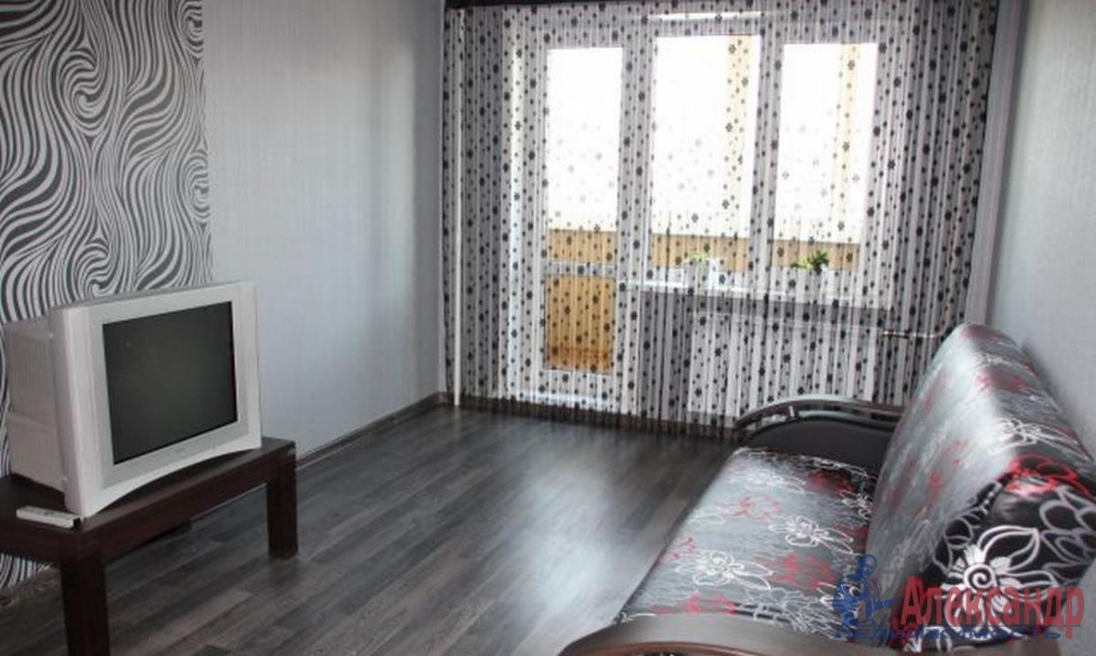 1-комнатная квартира (37м2) в аренду по адресу Кудрово дер., Европейский просп., 11— фото 1 из 3