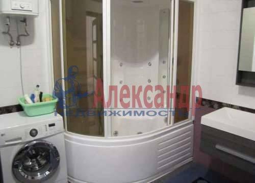 1-комнатная квартира (53м2) в аренду по адресу Новочеркасский пр., 33— фото 2 из 5