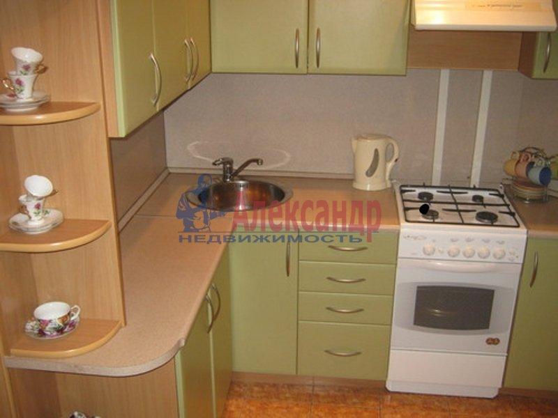 1-комнатная квартира (34м2) в аренду по адресу Димитрова ул., 10— фото 2 из 3