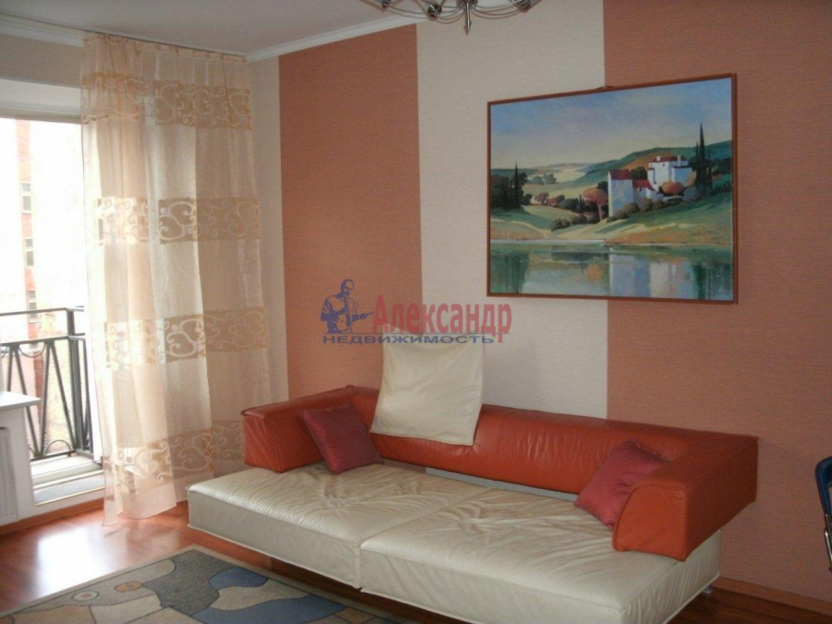 1-комнатная квартира (50м2) в аренду по адресу Гатчинская ул., 9— фото 2 из 3